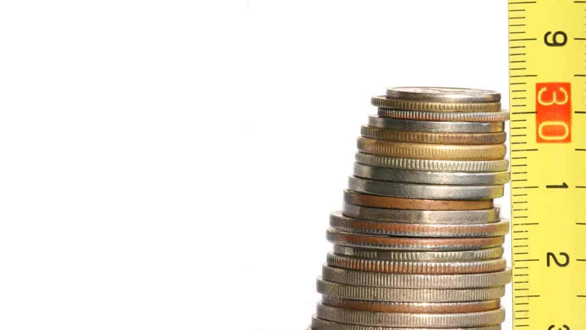 الفرق بي التكاليف الثابتة والتكاليف المتغيرة
